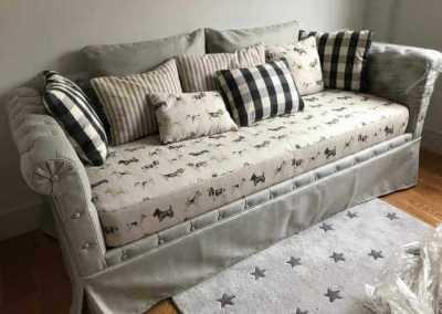 sofa-combinado-perros- Tapicería Victorio